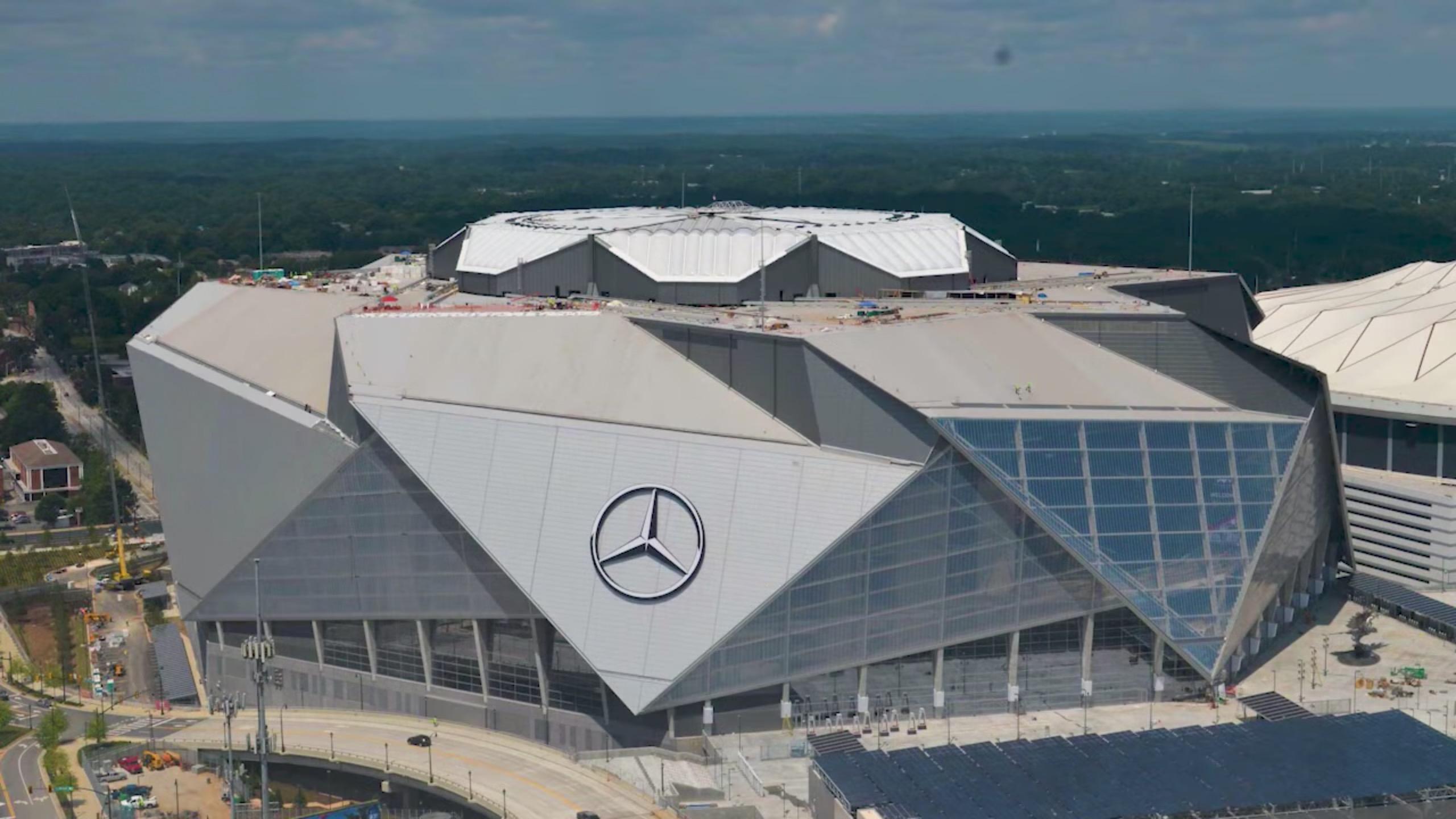 mercedes-benz stadium - atlanta falcons   football tripper usa
